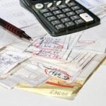Adding bills vertical — Stock Photo