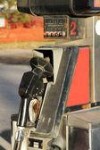 旧生锈的燃气泵 — 图库照片