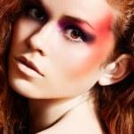 与幻想多彩化妆时装模特的肖像 — 图库照片