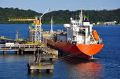 Gas tanker for loading operation in the port — Stock Photo