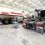 Truck garage — Stock Photo