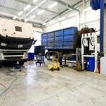 Truck repair — Stock Photo