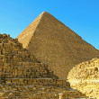 Tombs and pyramid — Stockfoto
