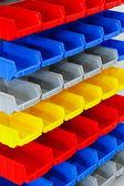Kolorowe półki — Zdjęcie stockowe