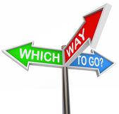 Welcher weg zu gehen - 3 bunten pfeil-zeichen — Stockfoto