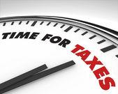 Tijd voor belastingen - klok — Stockfoto