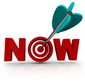 Now - Arrow Hits Bulls-Eye in Word — Stock Photo