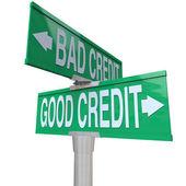 Crédito mau vs bom - placa de rua em dois sentidos — Foto Stock