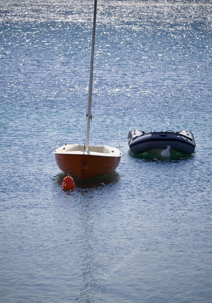 картинки с маленькой лодкой