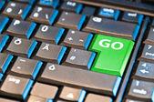 Green Go Computer Key — Stock Photo