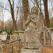 Angel on an orthodox cemetery — Stock Photo