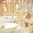 Beautiful gold place setting for Christmas — Stock Photo #4199664