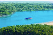 Nehir üzerinde — Stok fotoğraf