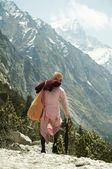 Pilgrim going to source of Ganga — Stock Photo