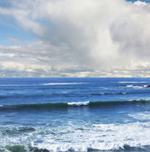 Ocean in clouds day — Photo