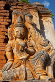 Carving on Inle Lake,Myanmar — Stock Photo