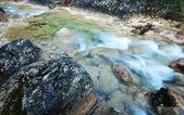 Cataract op kleine rivier — Stockfoto