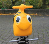Lekplats gul — Stockfoto