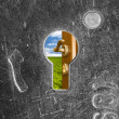 Open door behind old lock keyhole — Stock Photo
