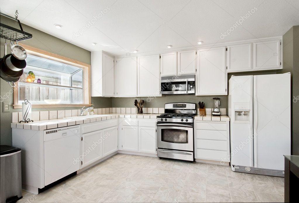 Witte keuken — stockfoto © shippee #4962417