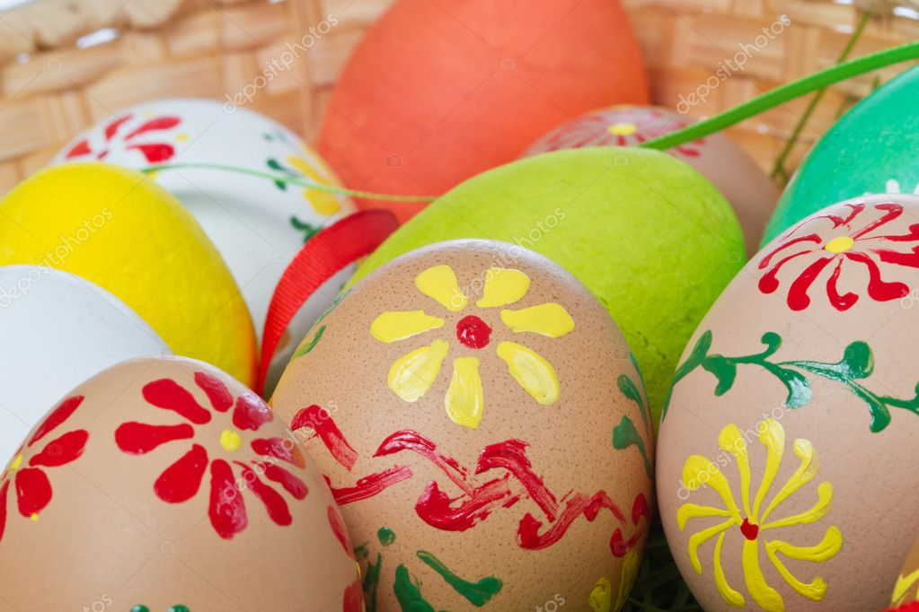 Easter eggs collection in a basket — Stock Photo #5293791