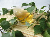 Birch leaves tea — Stock Photo