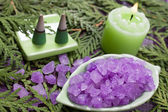Bath salt and aroma candle for aromatherapy — Stock Photo
