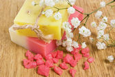 Natural handmade herbal soap and aromatic bath salt — Stock Photo
