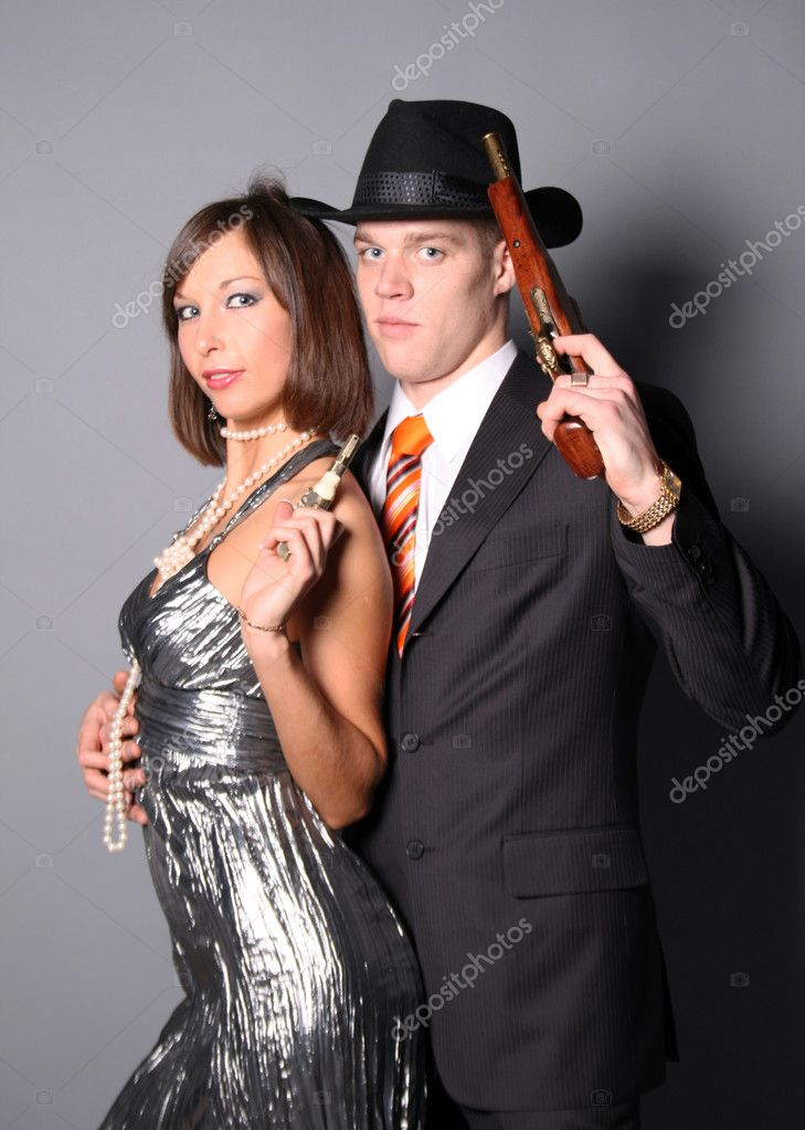 Couple of gangsters — Stock Photo #5116796
