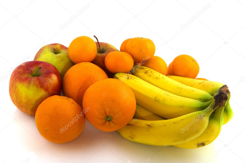 Bananas apples oranges and tangerines isolated over white — Stock Photo #3928109