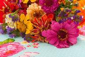 Colorful flower arrangement — Stockfoto