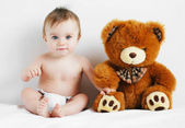 Boy and bear — Stock Photo