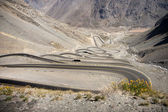 Curvy road between Chile and Argentina — Stock Photo