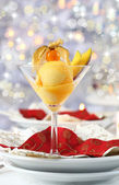 Mango sorbet for Christmas — Stock Photo