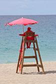 Lifeguard station on the beach — Stock Photo