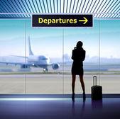 Info bewegwijzering in luchthaven — Stockfoto