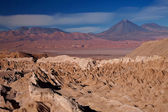 View from Valle de la Muerte (Death Valley) on the volcanoes Licancabur and — Stock Photo