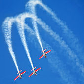 Three airplanes in formation on airshow — Stock Photo