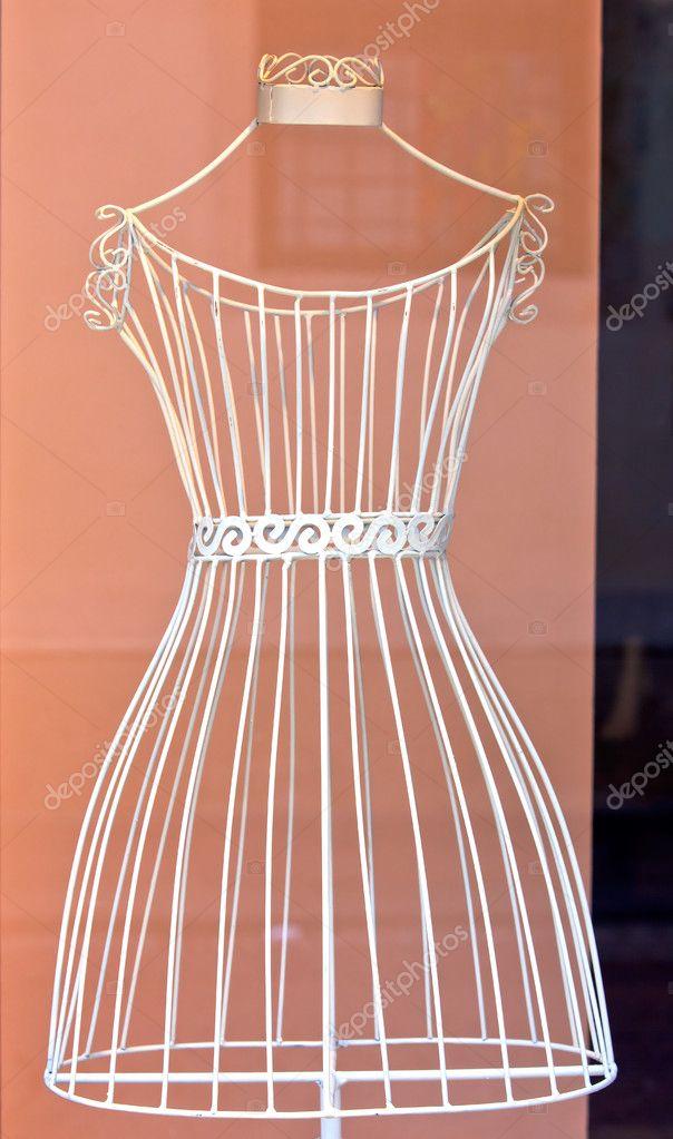 Каркас для платья из проволоки