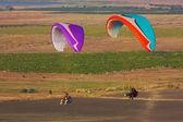 Paraglider flight in Crimea — Stock Photo