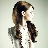 Young elegant girl — Stock Photo