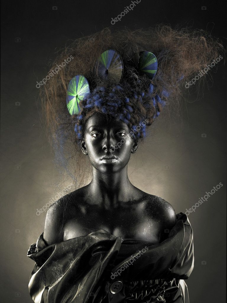 Portrait of a beautiful alien lady with an unusual hairstyle — Stock Photo #4508866