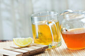 Green tea healthy hot drink and lemon — Stock Photo