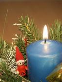 Vela azul navidad decoración — Foto de Stock