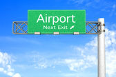 Highway Sign - Airport — Stock Photo