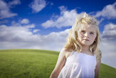 Adorable Blue Eyed Girl Playing Outside — Stockfoto