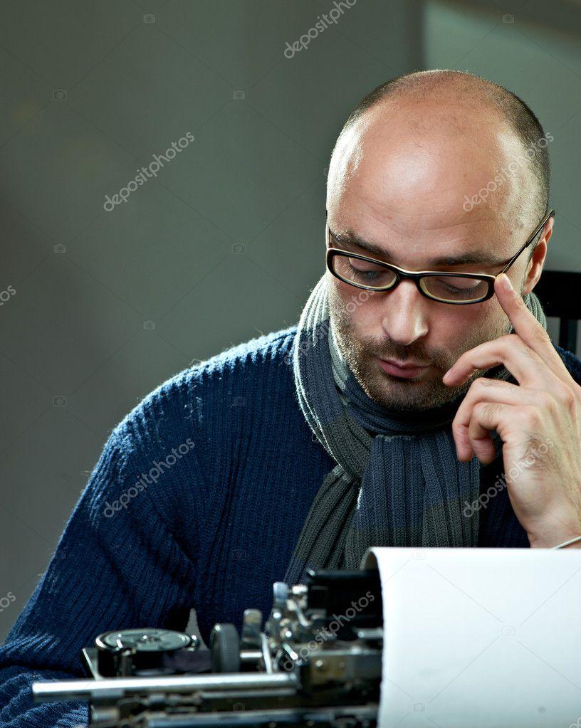 Фото лысый парень в очках 1 фотография