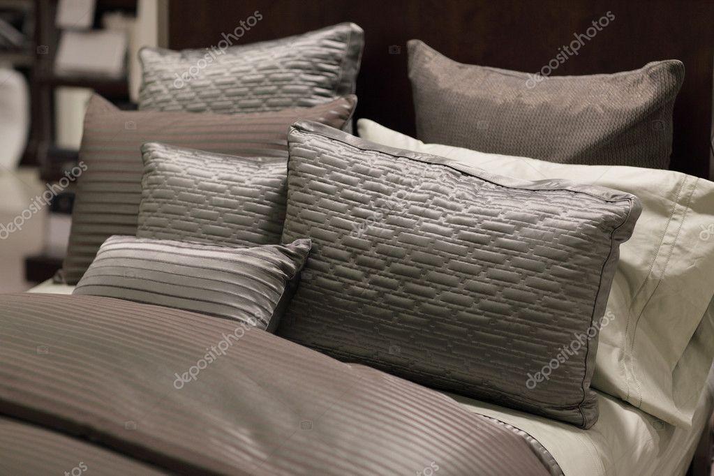 moderne bett set stockfoto felixtm 4350454. Black Bedroom Furniture Sets. Home Design Ideas