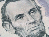 Macro of the US Five Dollar Bill: Abraham Lincoln — 图库照片