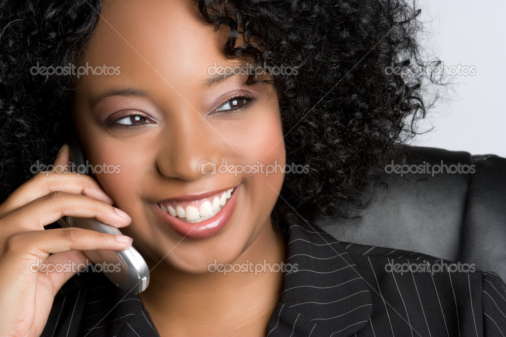 Smiling black cell phone woman — Foto de Stock   #4001779